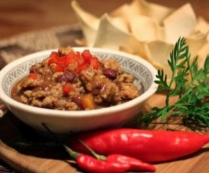 Receita de Chili com tostas