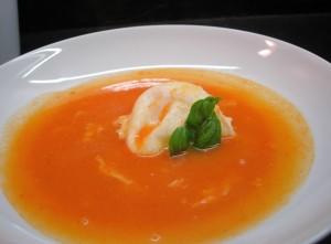 Receita de Sopa de Tomate com Ovos Escalfados