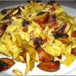 Receita de Salada de Tagliatelle, Queijo e Azeitonas