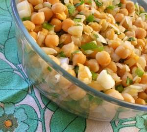 Receita de Salada de Grão, Pimento e Cebola