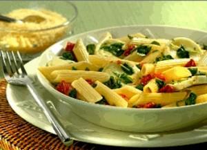 Receita de Macarrão com rúcula e tomatinhos