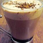 Bebida Quente de Chocolate e café