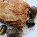 caracoleta folhada com caracois