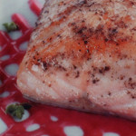 filetes de salmao com molho de framboesa