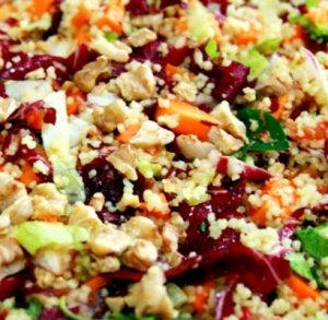 salada colorida de couscous