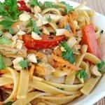 talharim frango e legumes