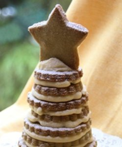 torre bolachas com creme de cafe