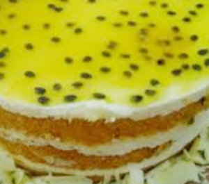 bolo gelado com creme de maracuja