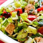 salada com pao