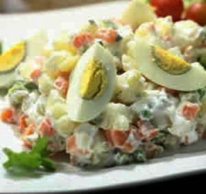 salada russa com peixe